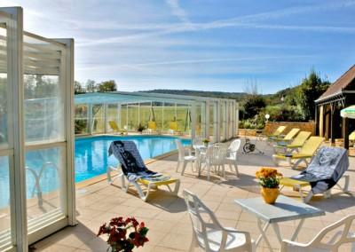 La piscine chauffée de l'hôtel